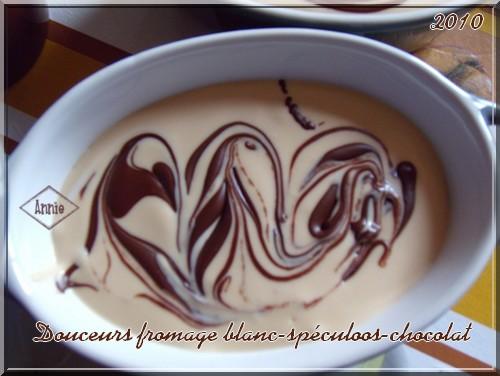 Douceurs au fromage blanc/pâte de spéculoos/chocolat 101123074724683837179068