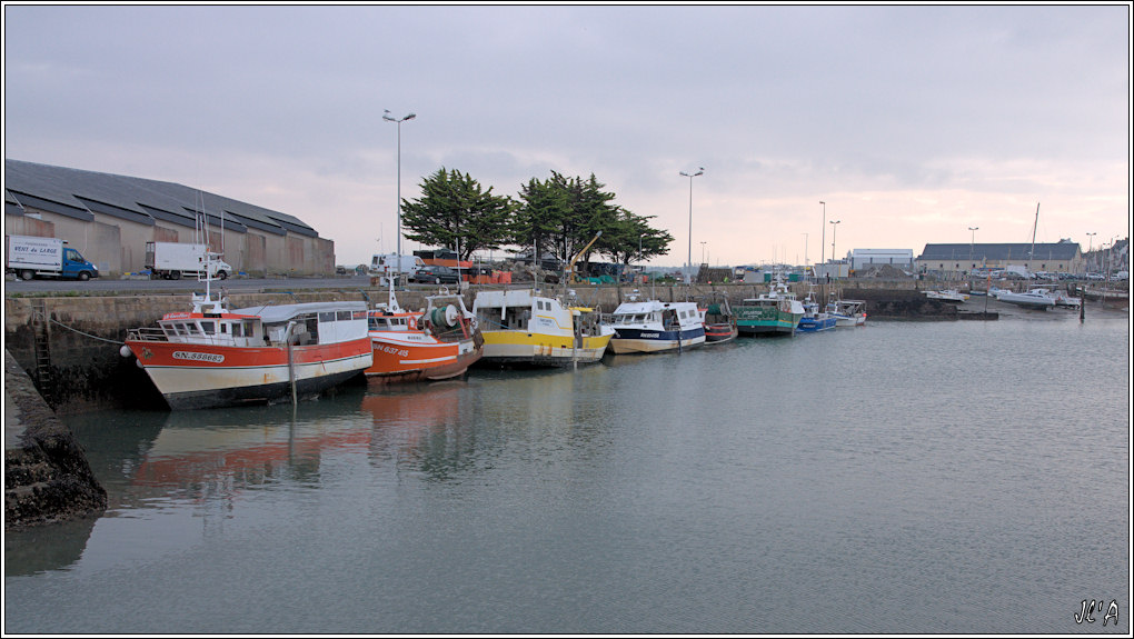 [Activité hors Marine des ports] LE CROISIC Port, Traict, Côte Sauvage... - Page 2 101123083735743897179414