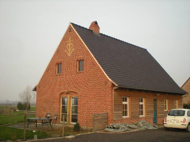 Nieuwe traditionele huizen in Frans-Vlaanderen 101129052702970737215420
