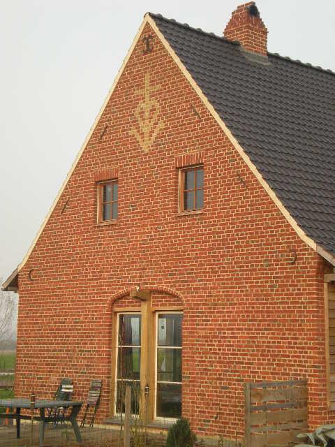 Nieuwe traditionele huizen in Frans-Vlaanderen 101129052733970737215425