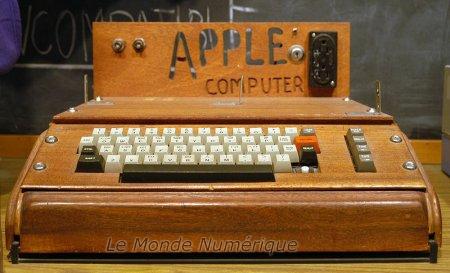 Le premier ordinateur d'Apple 1011300549241086877221484