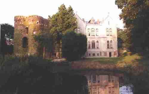 Kastelen en herenhuizen van Frans-Vlaanderen 101206045353970737262137