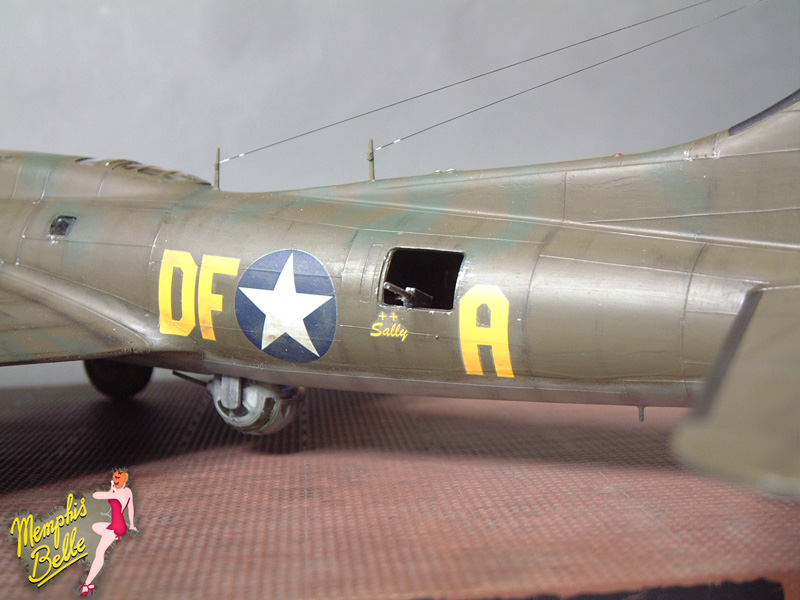 """[Revell] B-17F """"Memphis belle"""", 1/48e 101207031021476907267343"""