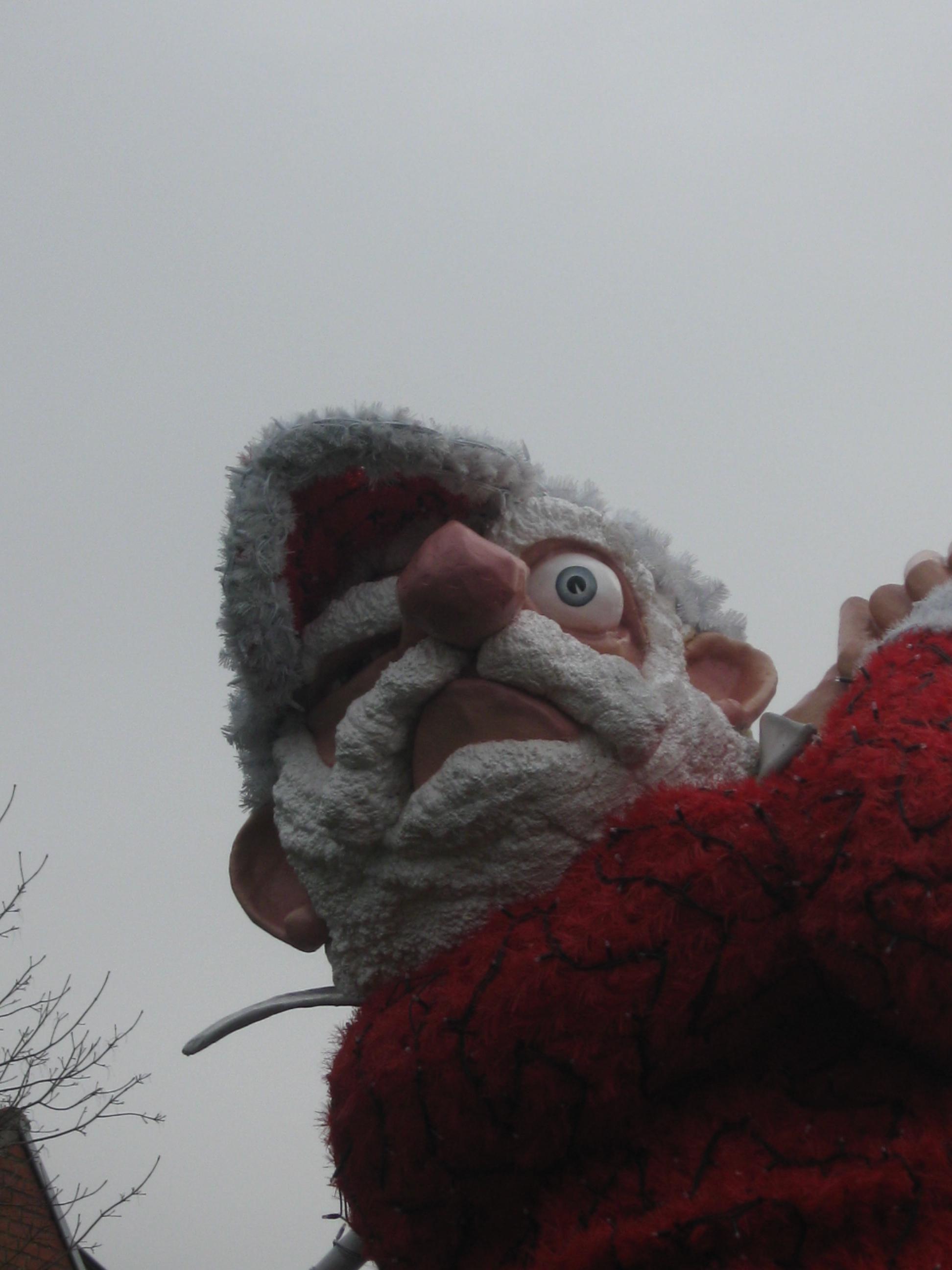 Vos photos des plus beaux Père Noël 1012130626531050247303528