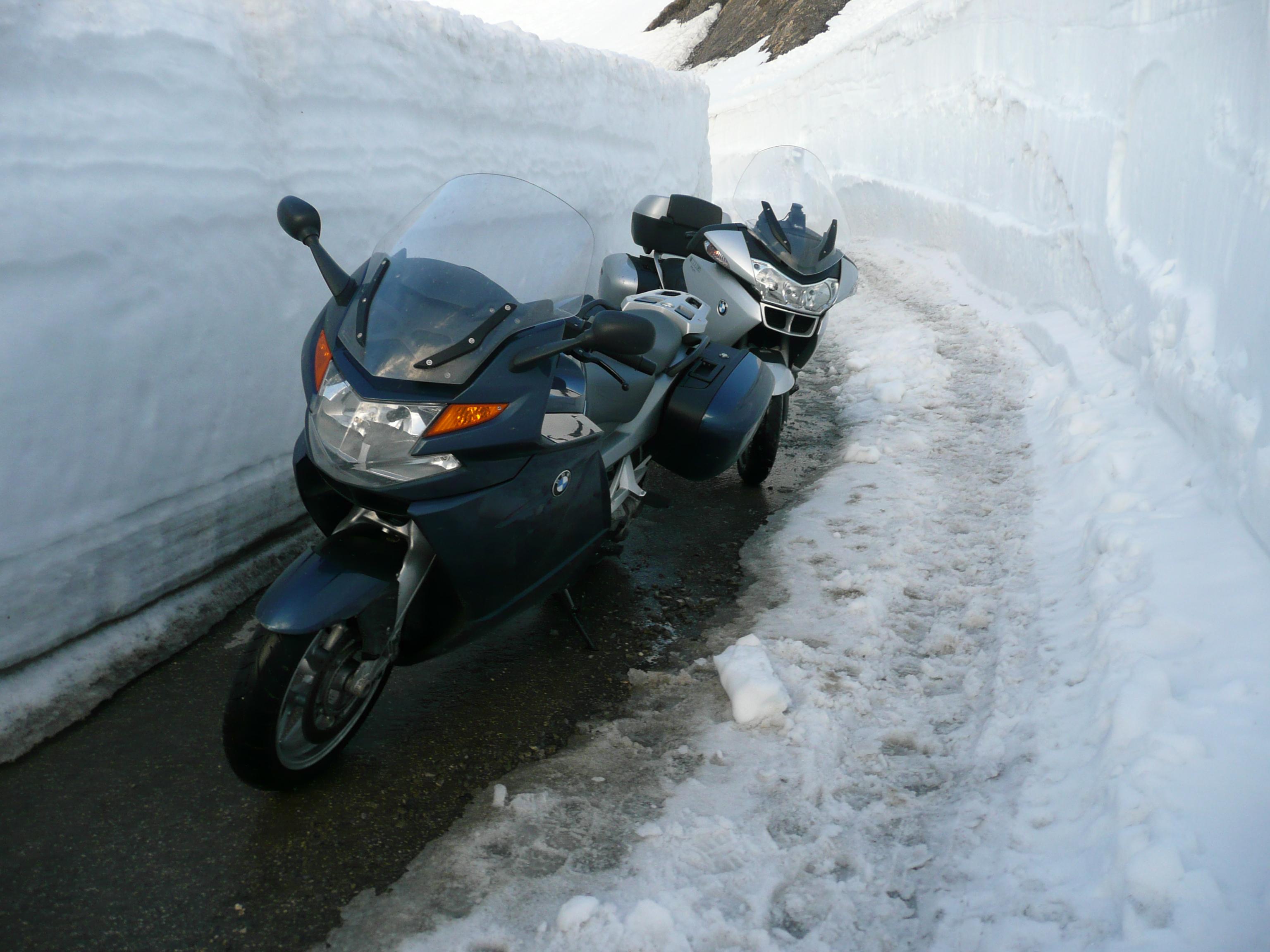 moto dans la neige - Page 2 101222082051877567353712