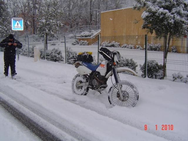 moto dans la neige - Page 2 101222082426877567353730