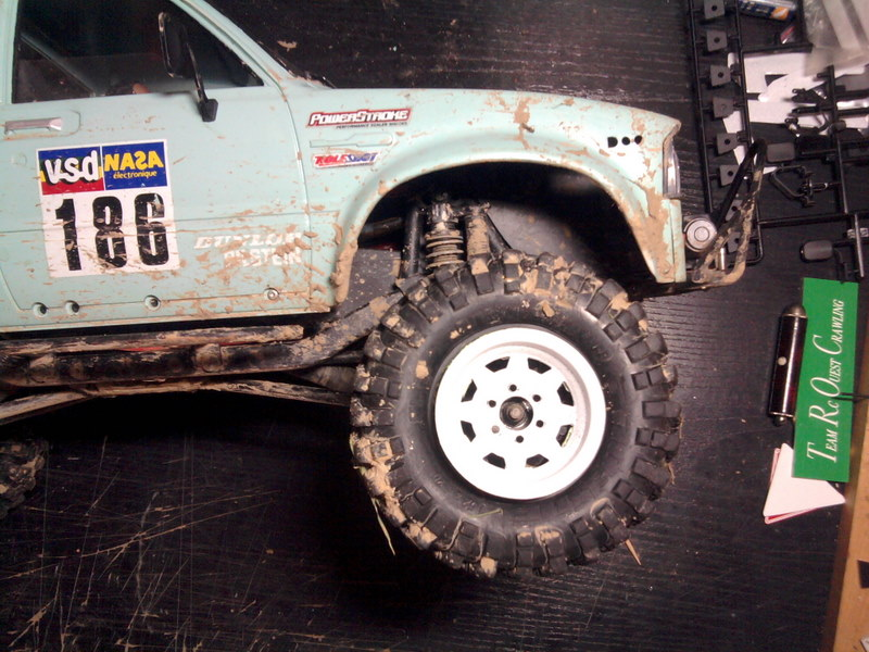 [ SCX10 Axial ] Toyota Hilux trial  - Page 3 101223071119228117358677