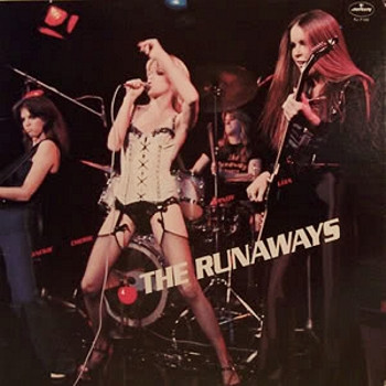 351950497632 furthermore The Runaways Featuring Joan Jett And Lita Ford 1998  pilation Dvdfan moreover Luggageboot Rack To Mazda Mk2 Mx 5 Miata 1998 2005 furthermore Fjernbetjent Bilnoegle 1662p besides Subaru Gps Navigation System. on ford gps tracker