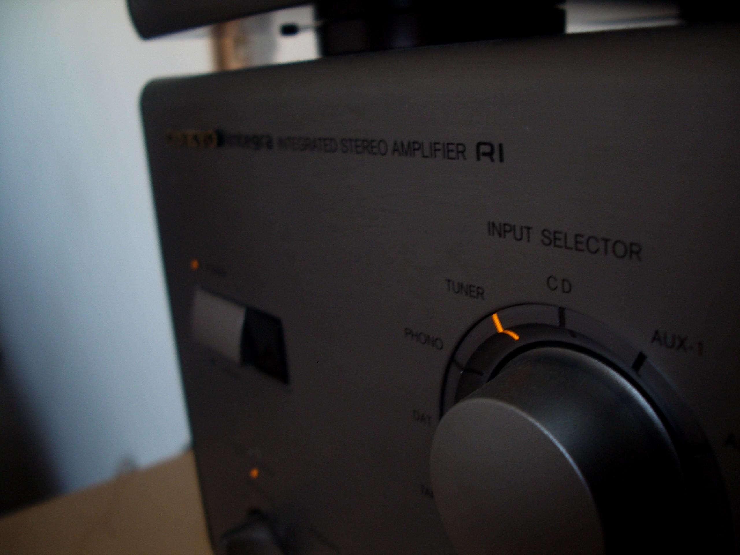 ampli onkyo integra r1 cd tape tuner audiophile vintage chaines hifi ebay. Black Bedroom Furniture Sets. Home Design Ideas