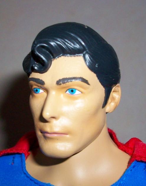 "MATTEL SUPERMAN REEVES 12"" COMIC CON 2010 110116075714668847479287"