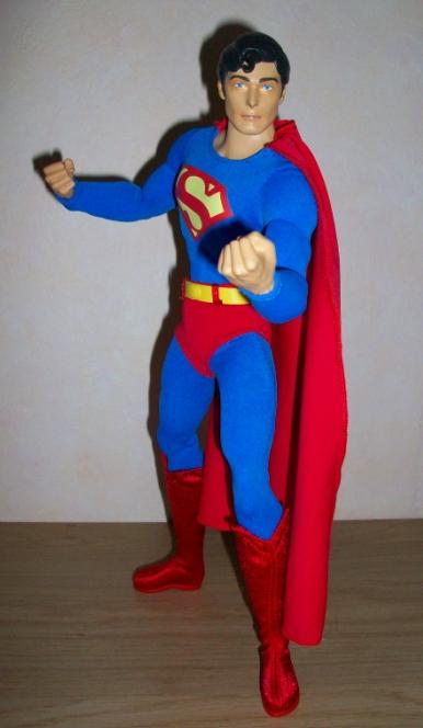 "MATTEL SUPERMAN REEVES 12"" COMIC CON 2010 110116075715668847479289"