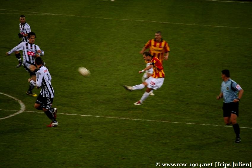 R.Charleroi.S.C. - F.C.Malines. [Photos][0-0] 1101230408341004307517351