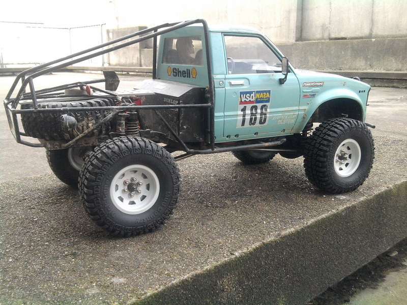 [ SCX10 Axial ] Toyota Hilux trial  - Page 5 110125012048228117526079