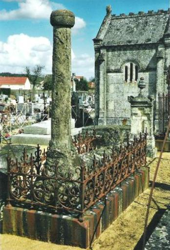 Monuments funéraires Rose+Croix 110205113147385007589011