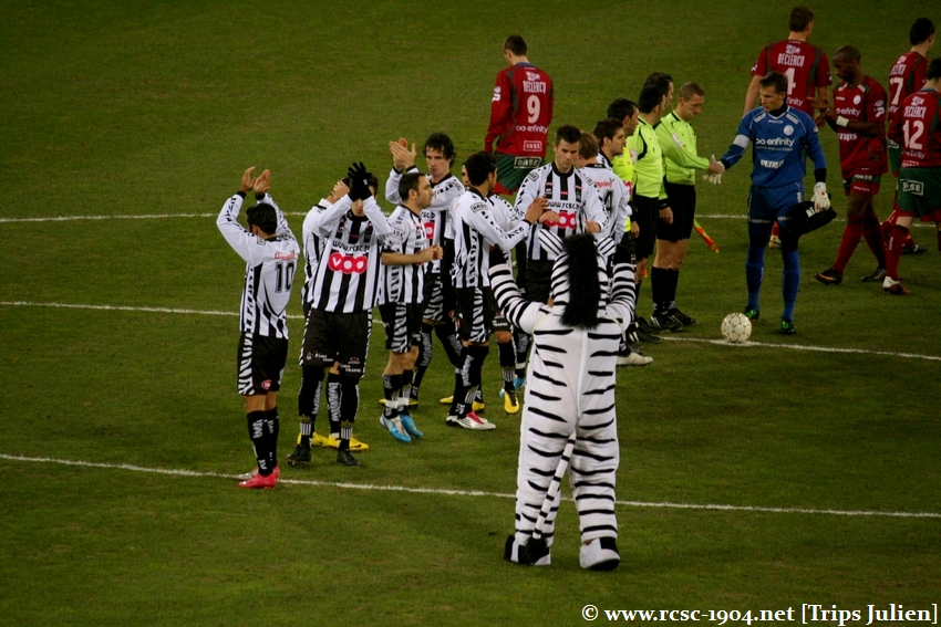 R.Charleroi.S.C - SV Zulte Waregem [Photos] [2-0] 1102060138171011247593741