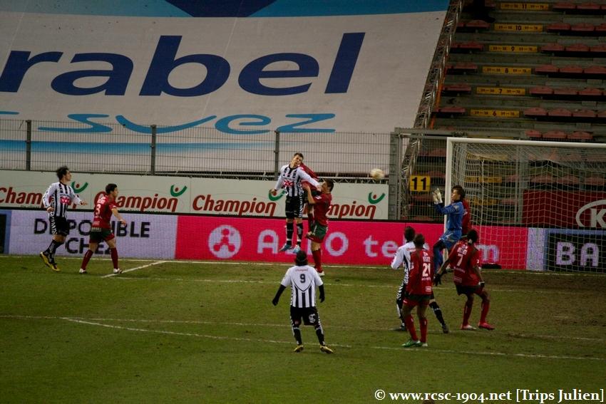 R.Charleroi.S.C - SV Zulte Waregem [Photos] [2-0] 1102060145461011247593766