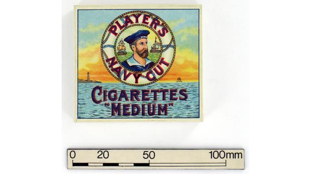 Vous souvenez-vous des sortes de cigarettes à bord ? 1102060832401140117594405