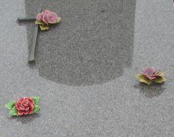 Monuments funéraires Rose+Croix 110206102518385007594875