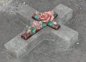 Monuments funéraires Rose+Croix 110206102519385007594879