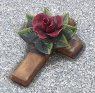 Monuments funéraires Rose+Croix 110206102601385007594894