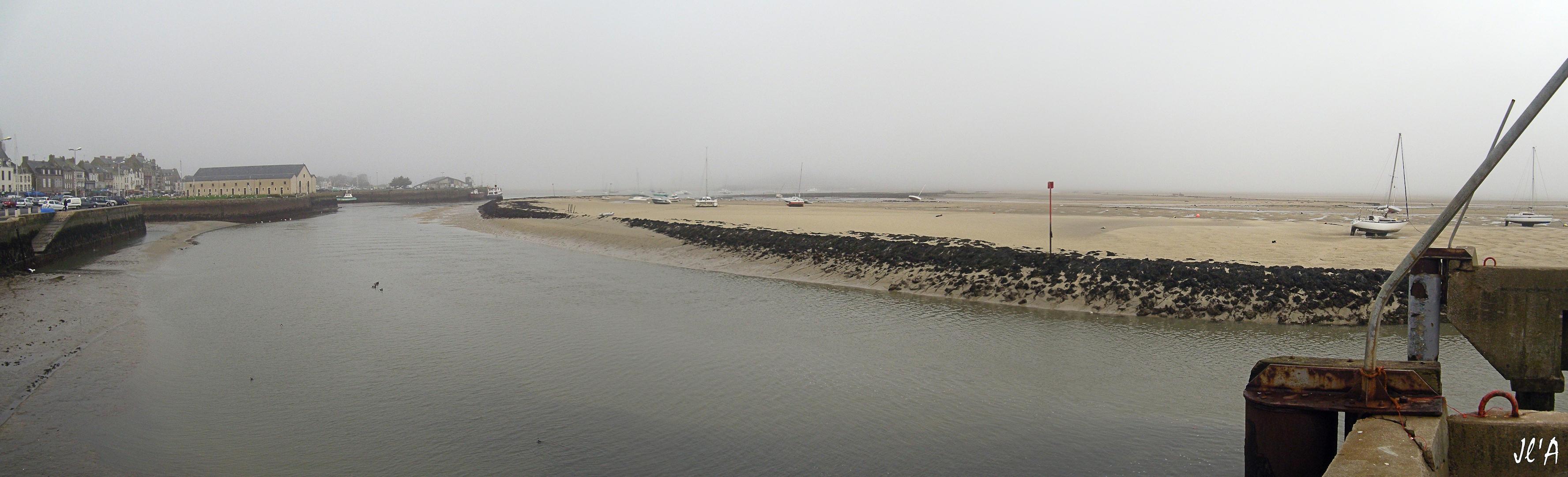 b32-G60013247-47à49 Panorama chenal et traict marée basse