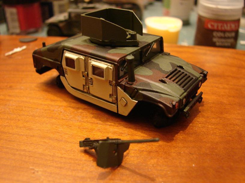 "Humvee ""Irak"" conversion sur base revell 1/72 1102221021271151537697122"