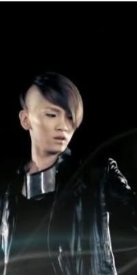 Kim Ki Bum (Key) 110222124906988197692158