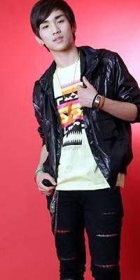 Kim Ki Bum (Key) 110222124908988197692166