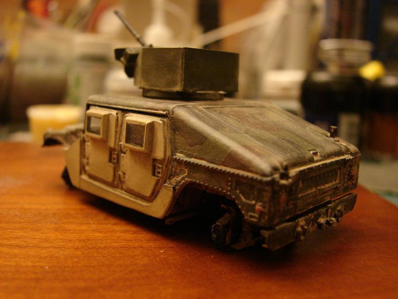 "Humvee ""Irak"" conversion sur base revell 1/72 1102240646211151537707065"