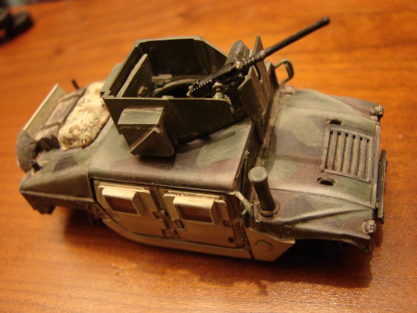 "Humvee ""Irak"" conversion sur base revell 1/72 1102261058251151537715824"