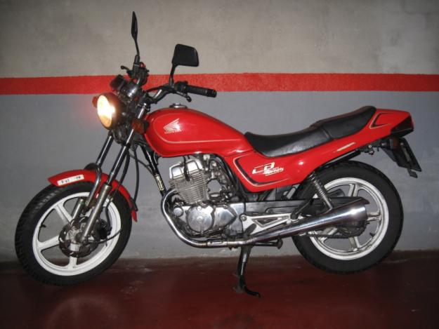 Les 250 cc (et aussi les 350/400) 110304064406468637757902