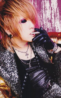 Ruki (The GazettE) 110309051552988197784459