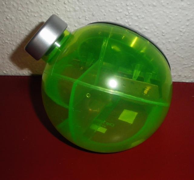 Petite horloge à accumulateur hydraulique. 1103201103531080537849580