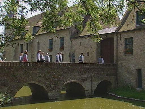 Kastelen en herenhuizen van Frans-Vlaanderen 110324120902970737873034