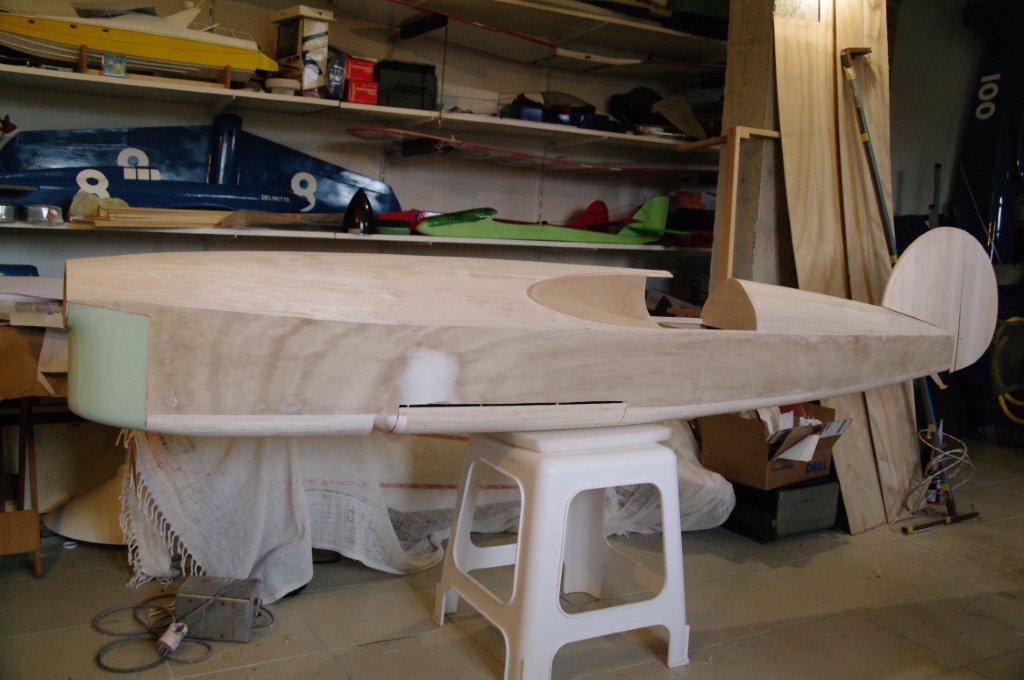 La construction du Caudron C561 au 1/3 110327091841912037892939