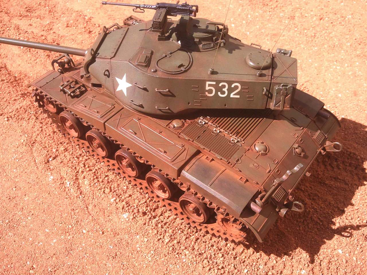 M41 Walker bulldog Tamiya 110402042723972877925040