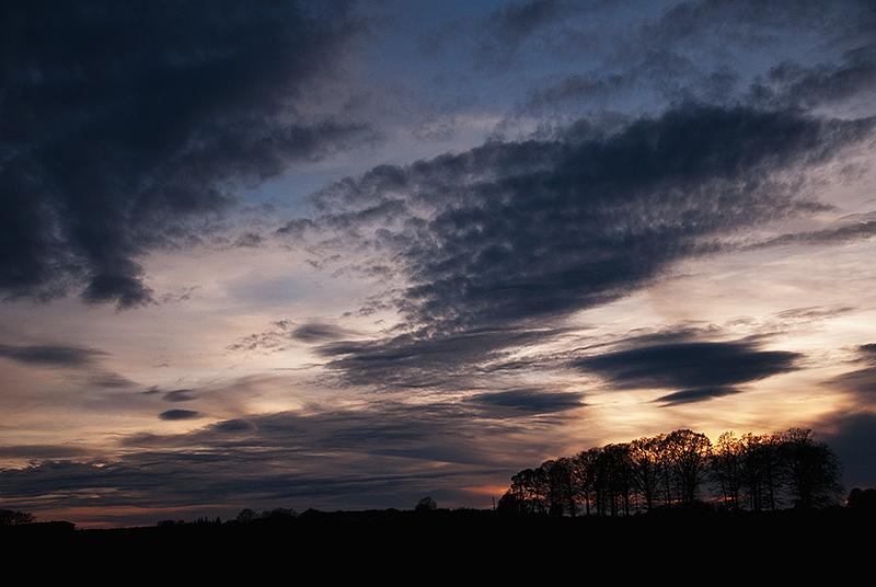 FIL ROUGE : Le ciel et les nuages  1104110744271269337975666