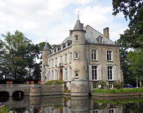 Kastelen en herenhuizen van Frans-Vlaanderen - Pagina 2 110413094224970737988447
