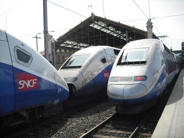 Marseille Metz en TGV - photos prises au vol ... 1104171056021251408009219