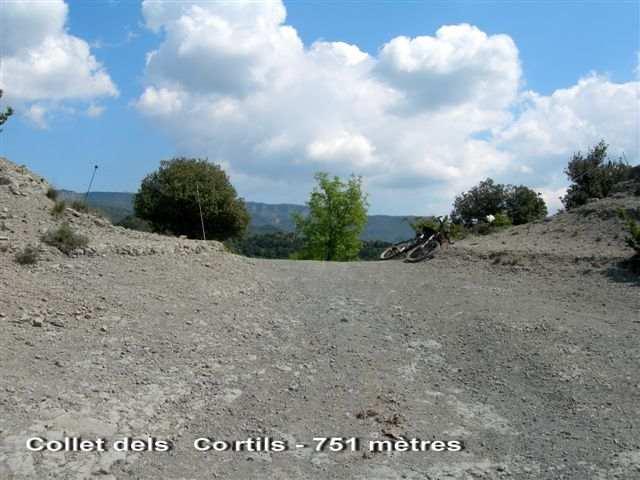 Collet dels Cortils - ES-B- 751 m