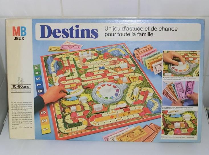 Les jeux de société vintage : rôle, stratégie, plateaux... 110517103952668848174771
