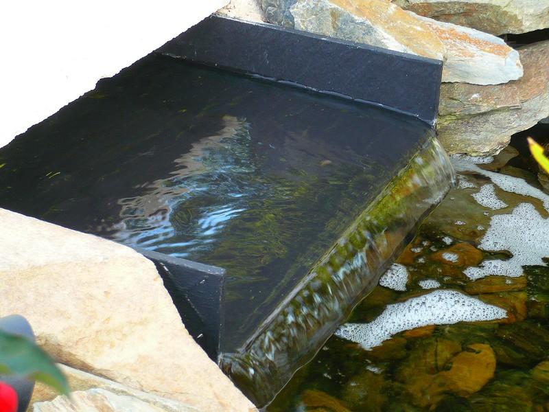 Un bassin pour les belles page 2 - Comment fabriquer une lame d eau pour bassin ...