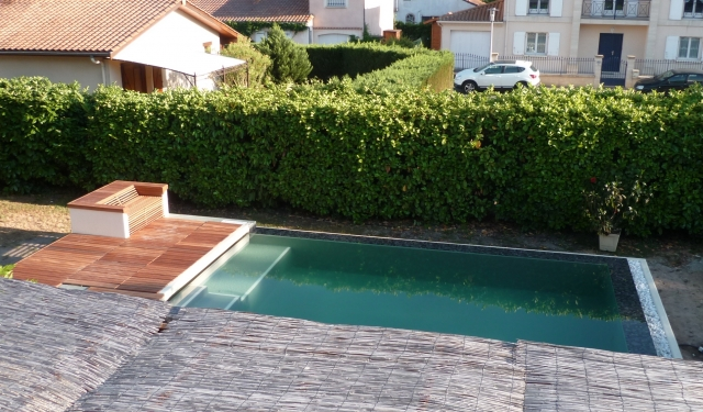 Piscine miroir sur lev e niveau variable 6 x 3 m for Piscine surelevee