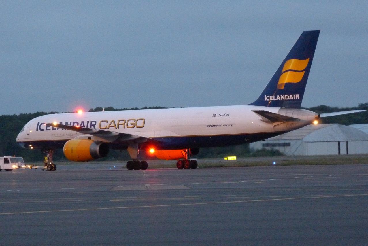 [TF-FIH] 757-200 PCF  Icelandair Cargo 1105271205211326458222676