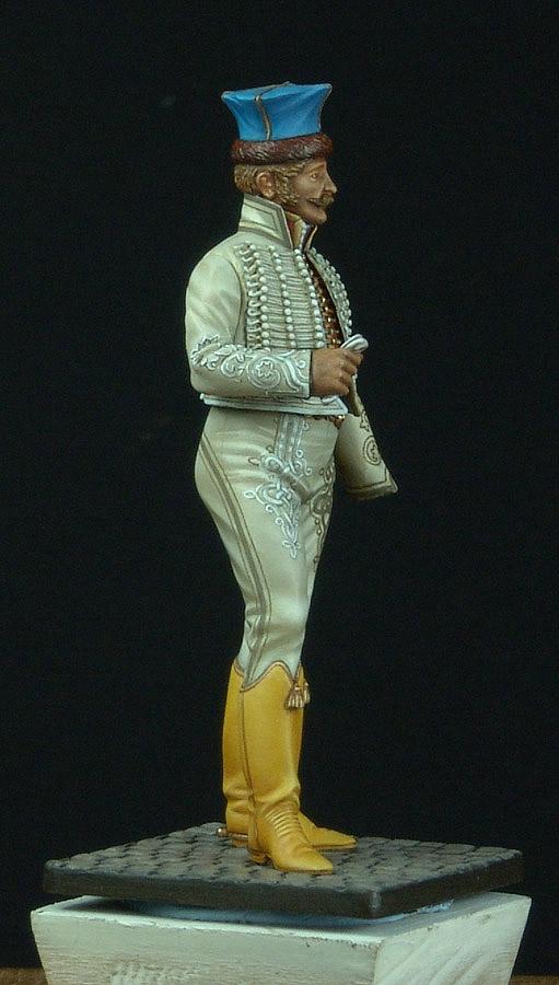 Officier de Hussard en Tenue de Nankin. (Il est fini,...enfin!) - Page 3 110530125623359348237822