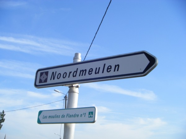 Tweetalige verkeersborden in Frans-Vlaanderen - Pagina 7 110602103811970738254437