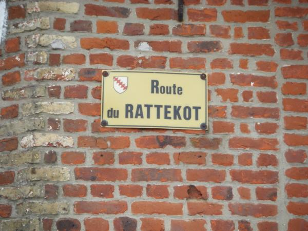 Tweetalige verkeersborden in Frans-Vlaanderen - Pagina 7 110609102255970738296922