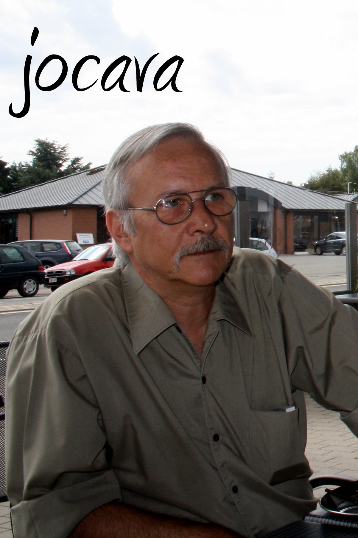 Distribution des t-shirts à Liège le 11.06.2011 1106110834151095838306511