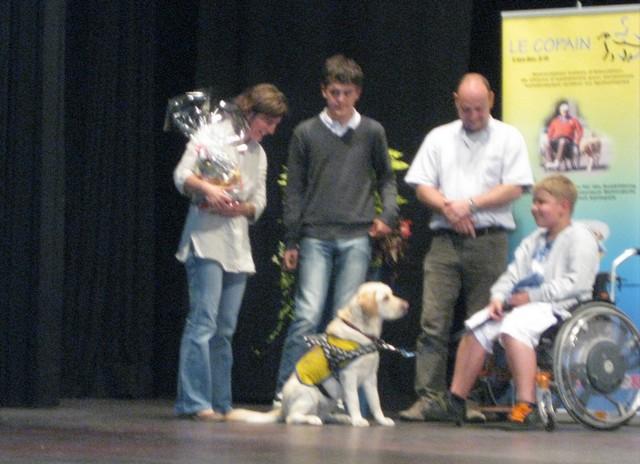 2011 : Remise des chiens d'assistance 110618054853185828343085