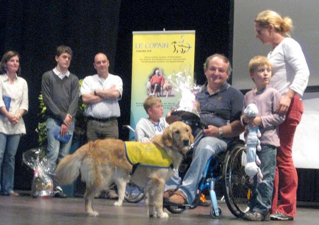 2011 : Remise des chiens d'assistance 110618054853185828343086